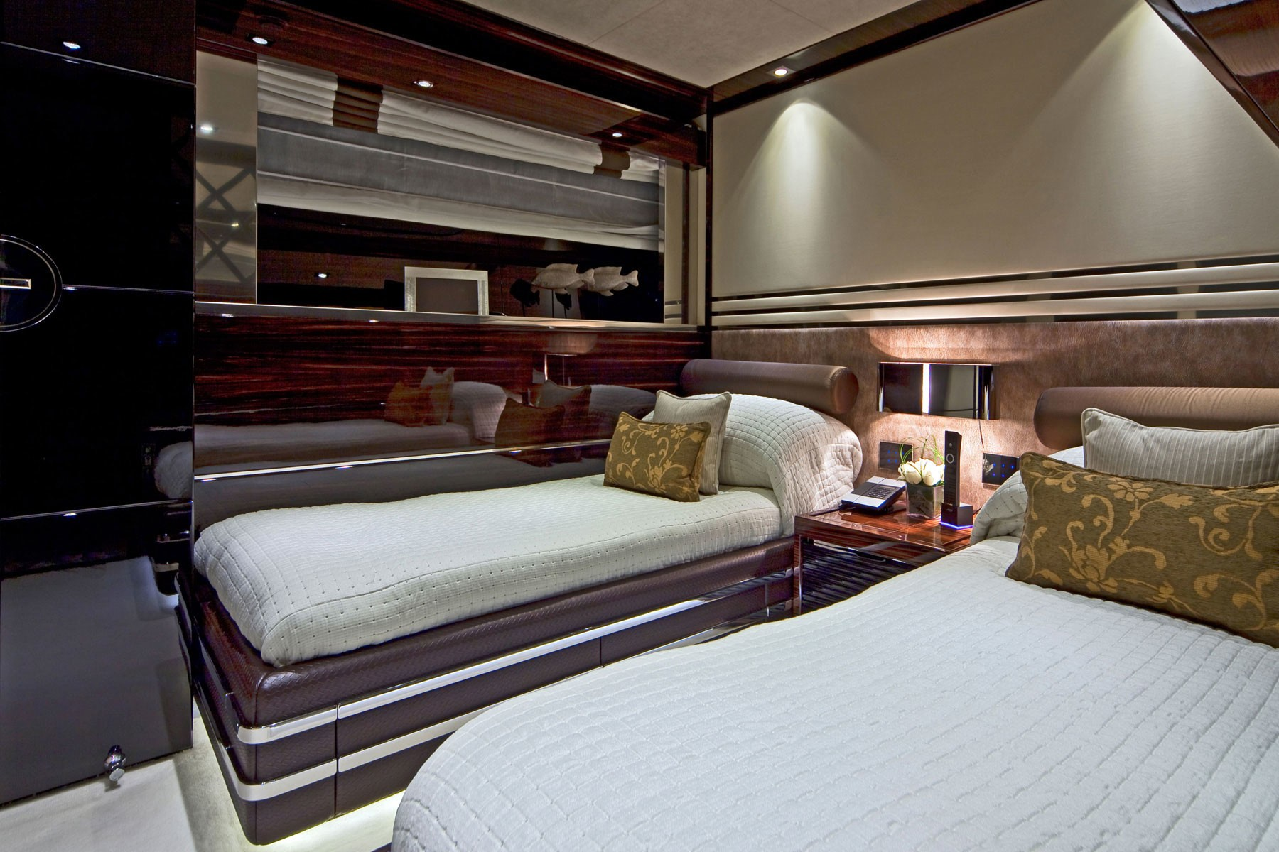 Profile Yacht Manifiq S Twin Bed Cabin Pictured Luxury Yacht Browser By Charterworld Superyacht Charter